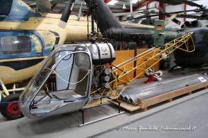 13 Bölkow Bo 102 Addestratore D'elicottero A Terra