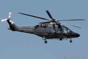 B9EAE325-DF9F-47F4-B229-D9AA5735D0F0