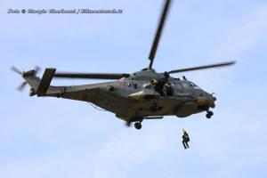 SH-90 3-09 005