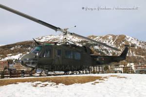 UH-205A EI-300 001
