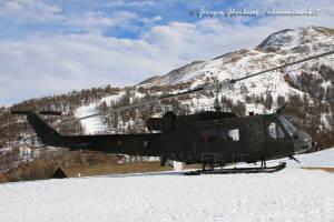 UH-205A EI-300 002a