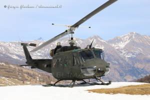 UH-205A EI-300 003