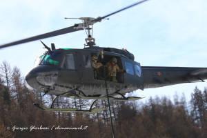 UH-205A EI-324 008