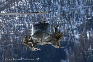 UH-205A EI-337 002