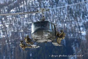 UH-205A EI-337 003