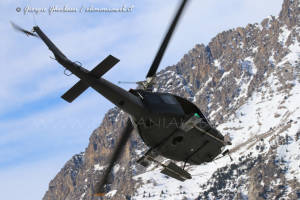 UH-205A EI-337 006